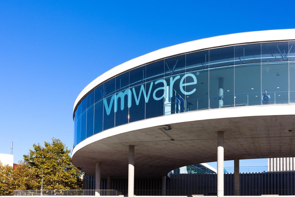 «Место работы не предопределяет успех». VMware разрешит 33 тыс. сотрудников работать откуда угодно