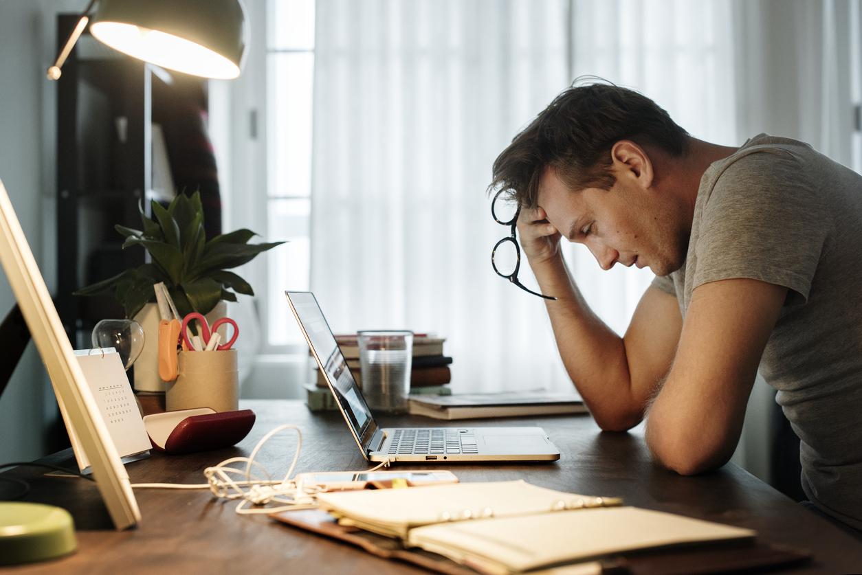 Не требуйте от сотрудников проверять рабочую почту круглосуточно. Это вредит их здоровью и портит отношения в семье