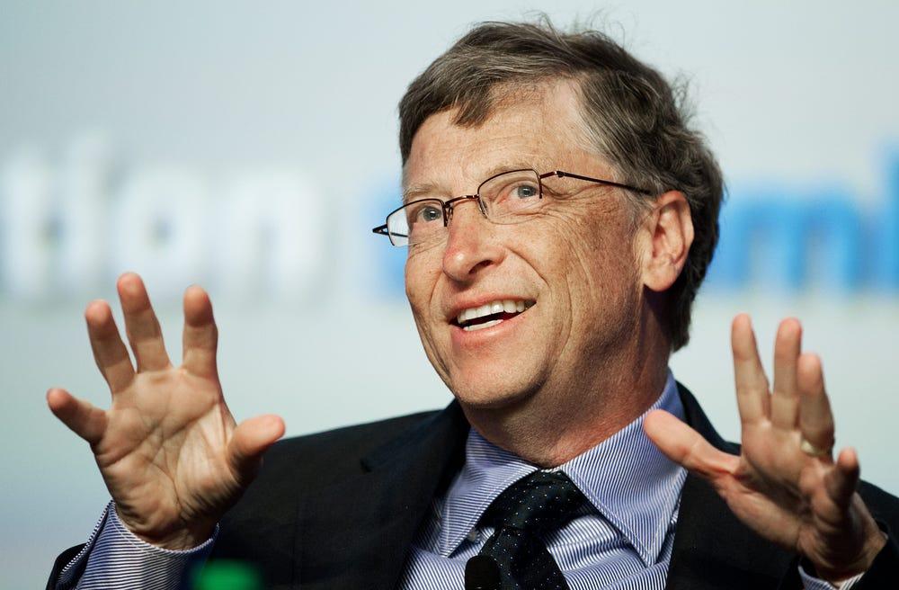 «Недооценивать Илона — плохая идея». Билл Гейтс объяснил, почему тратит деньги на вакцины, а не на ракеты на Марс