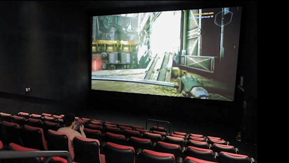Кинотеатры начали сдавать залы в аренду геймерам