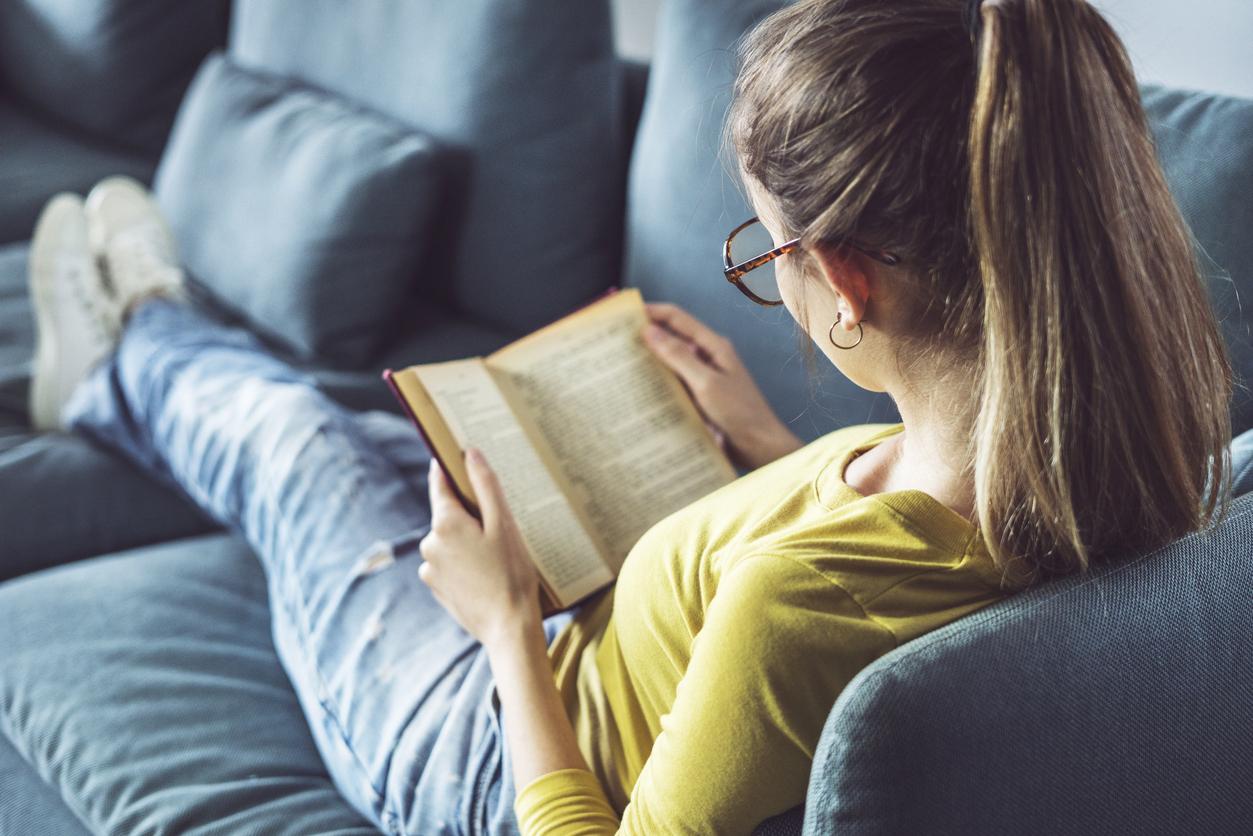Регулярное чтение развивает эмоциональный интеллект и помогает решать проблемы эффективнее