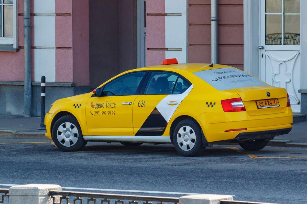 «Яндекс.Такси» купил активы «Везёт» за $178 млн