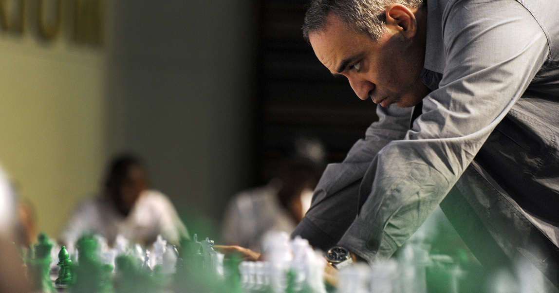 Урок эмоционального интеллекта от Гарри Каспарова. Как шахматисты справляются с фатальными ошибками