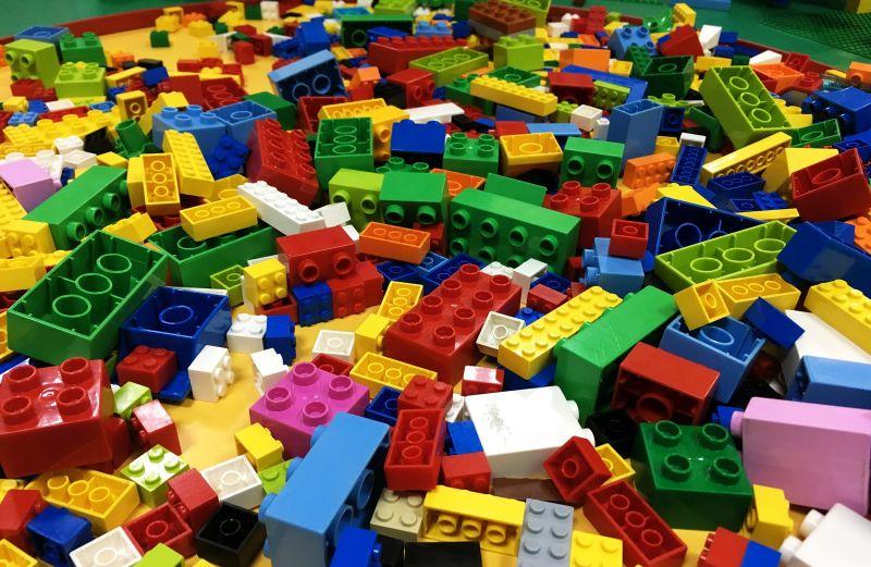 Lego может отказаться от пластиковых пакетов в своих наборах до 2025 года