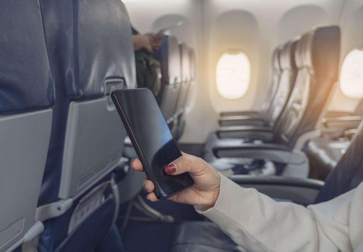 На коротких рейсах «Аэрофлота» появится платный интернет