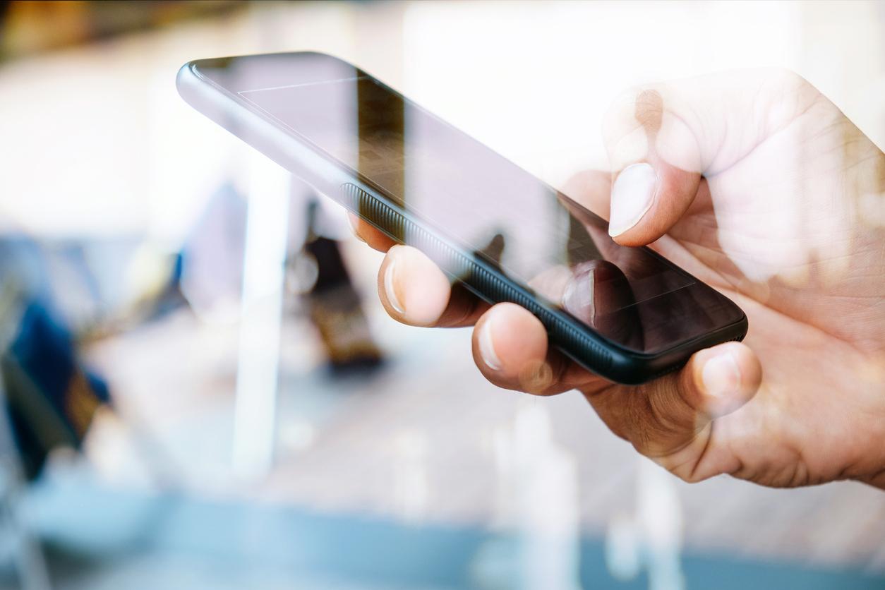 Apple договорилась с Минцифры о предустановке российского софта на новые iPhone и iPad