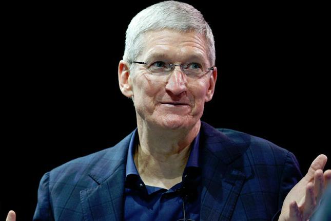 Тим Кук намекнул, почему Apple занялась AR. И дал понять, что компания продолжает разрабатывать автомобиль