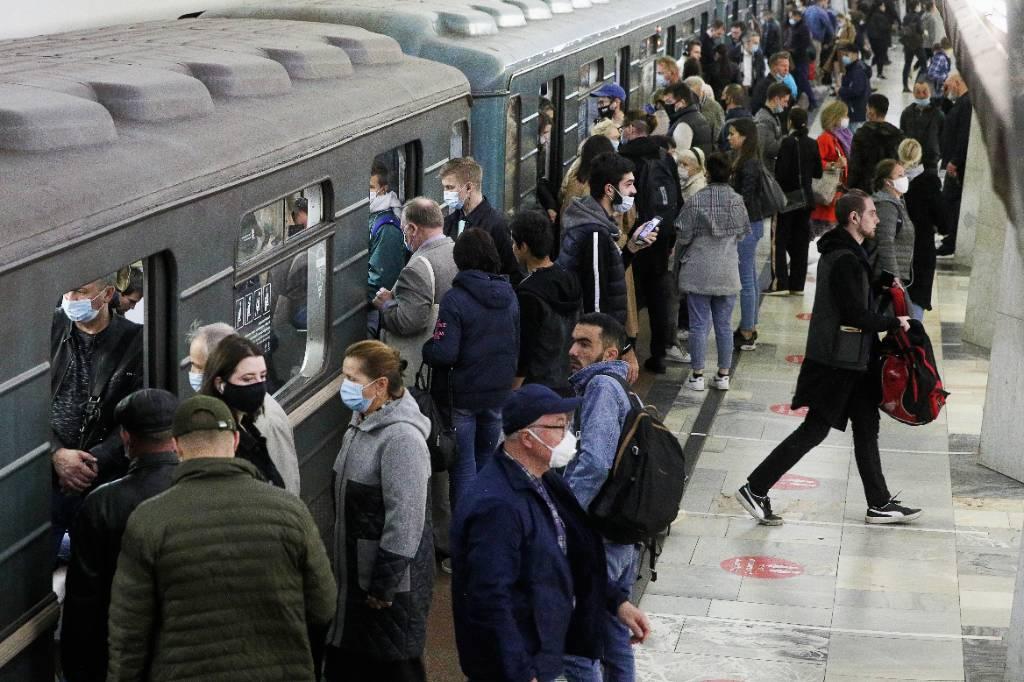 Собянин заверил, что работу метро в новогоднюю ночь ограничивать не будут