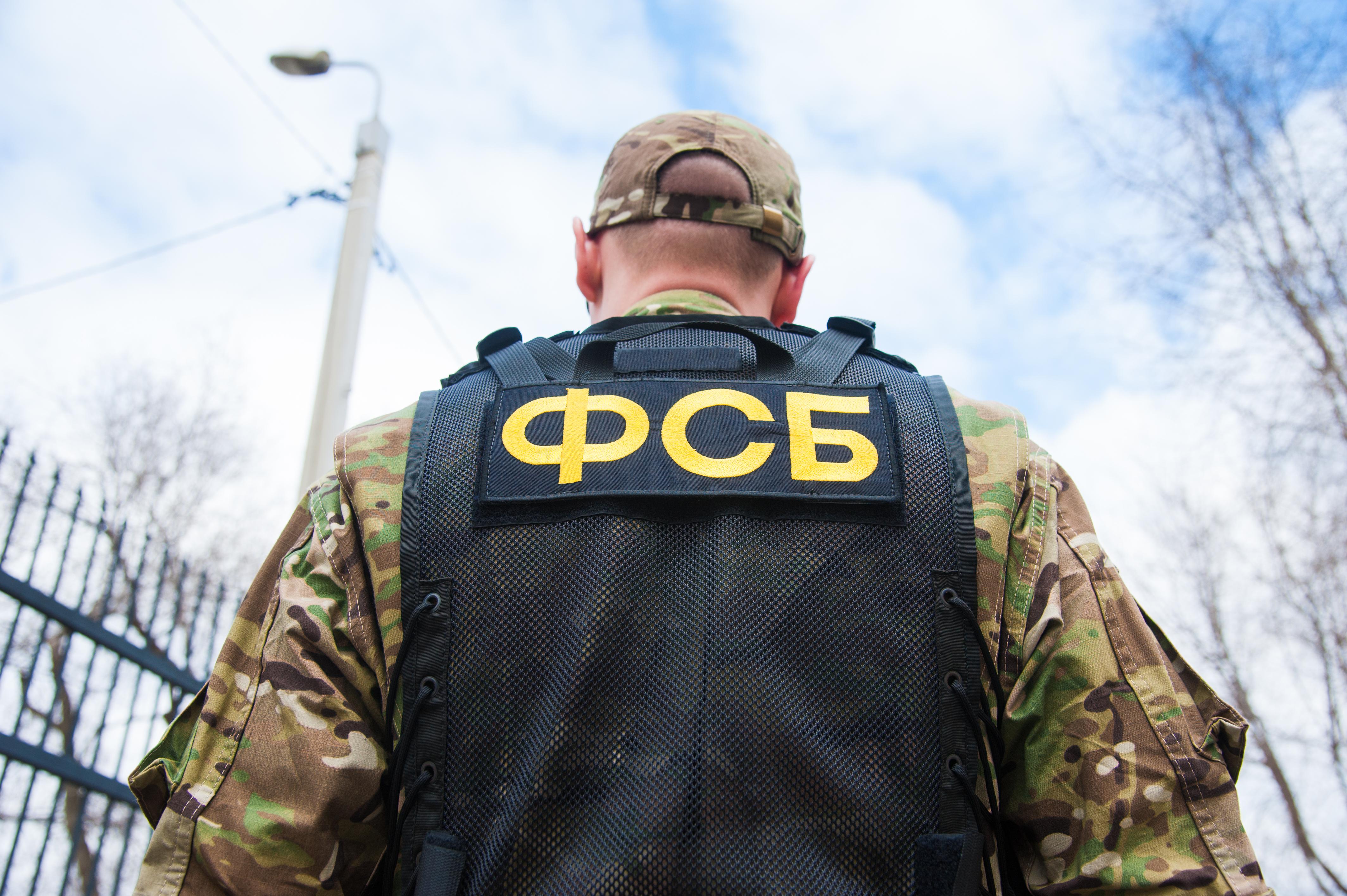 Ловушка для силовиков. Что известно о теракте возле здания ФСБ в Карачаево-Черкесии