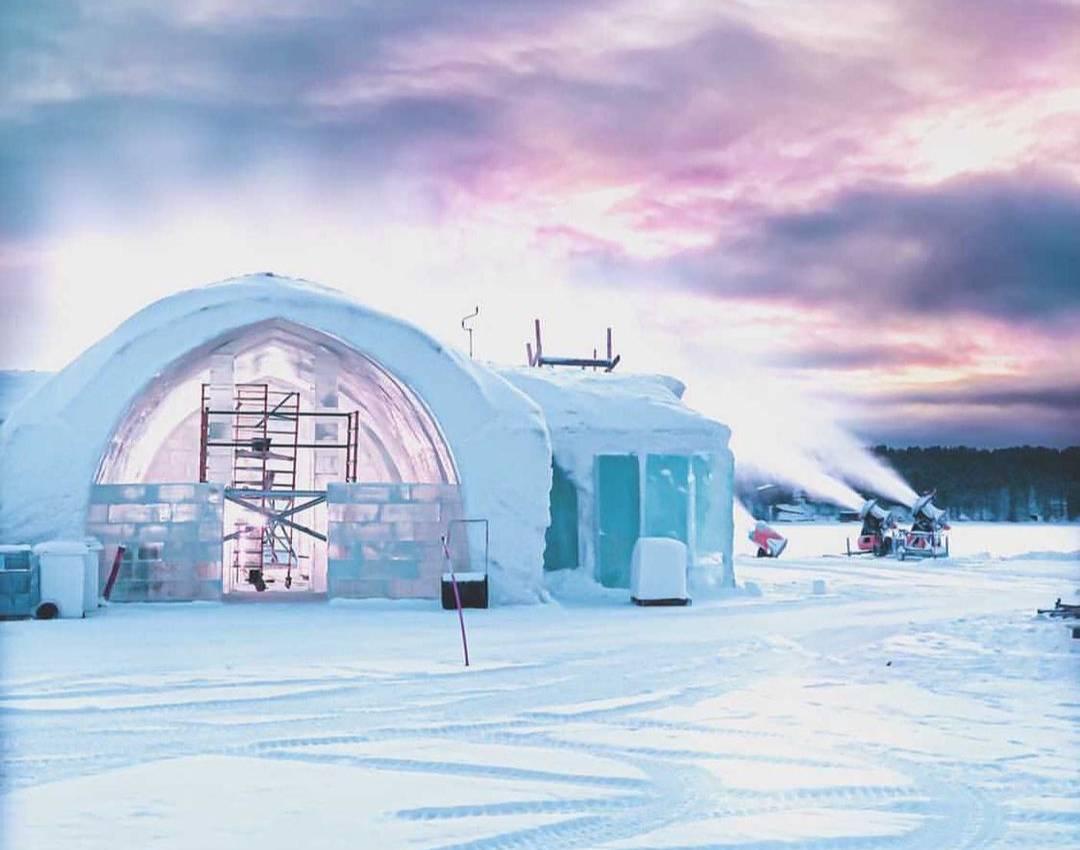 Как выглядит знаменитый шведский отель, внутри которого абсолютно всё сделано изо льда