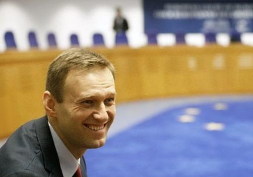 Песков раскрыл, за кем всегда 'присматривают' российские спецслужбы. Навальный — в их числе