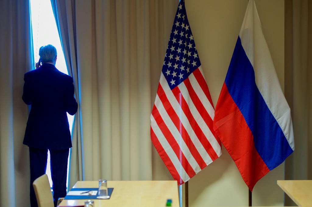 Посольство РФ обвинило США в развязывании 'визовой войны'