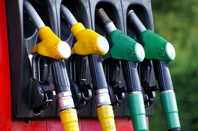 В США предупредили о возможности рекордного роста цен на топливо из-за кибератаки