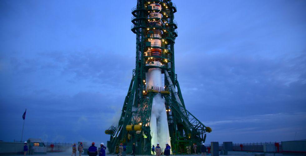 Российские учёные рекомендовали отложить создание ракеты для полёта на Луну