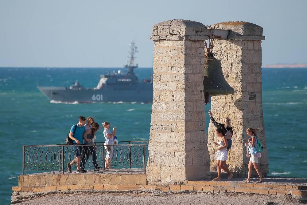 В Крыму посмеялись над решением Лондона дать Киеву немного денег на 'возвращение' полуострова