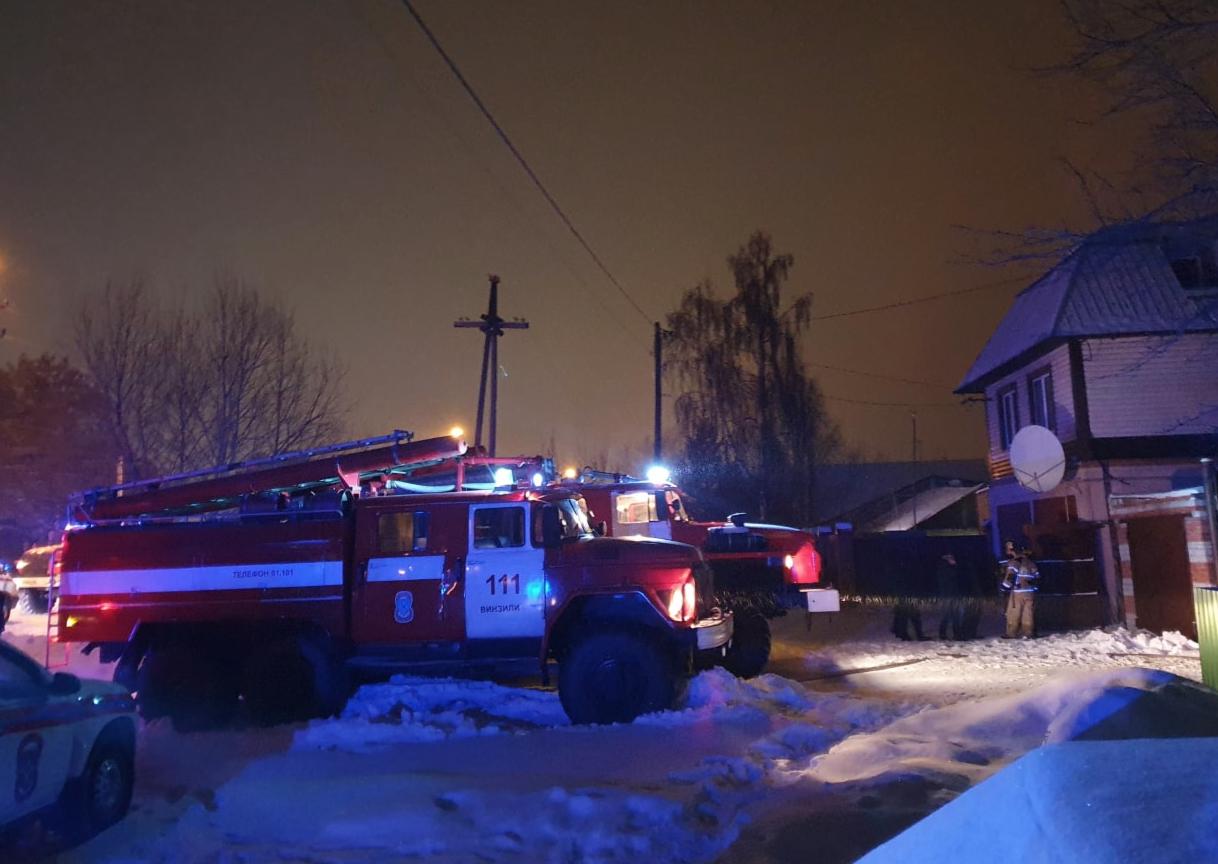 СК возбудил дело после смертельного пожара в нелегальном доме престарелых под Тюменью