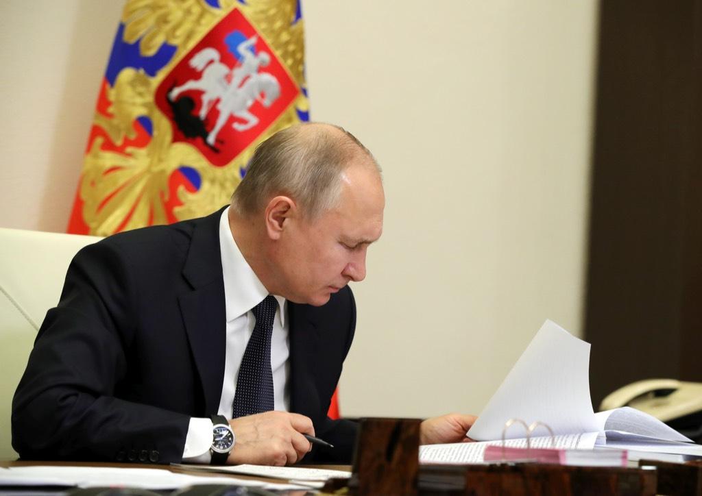 В Кремле заявили, что Путину доступны все материалы по делу Сафронова