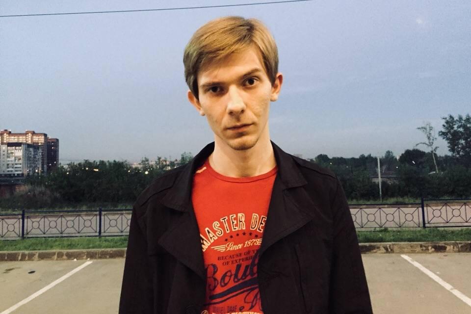 Как тихий студент из Новосибирска оказался жестоким убийцей одногруппника — его записи из соцсетей