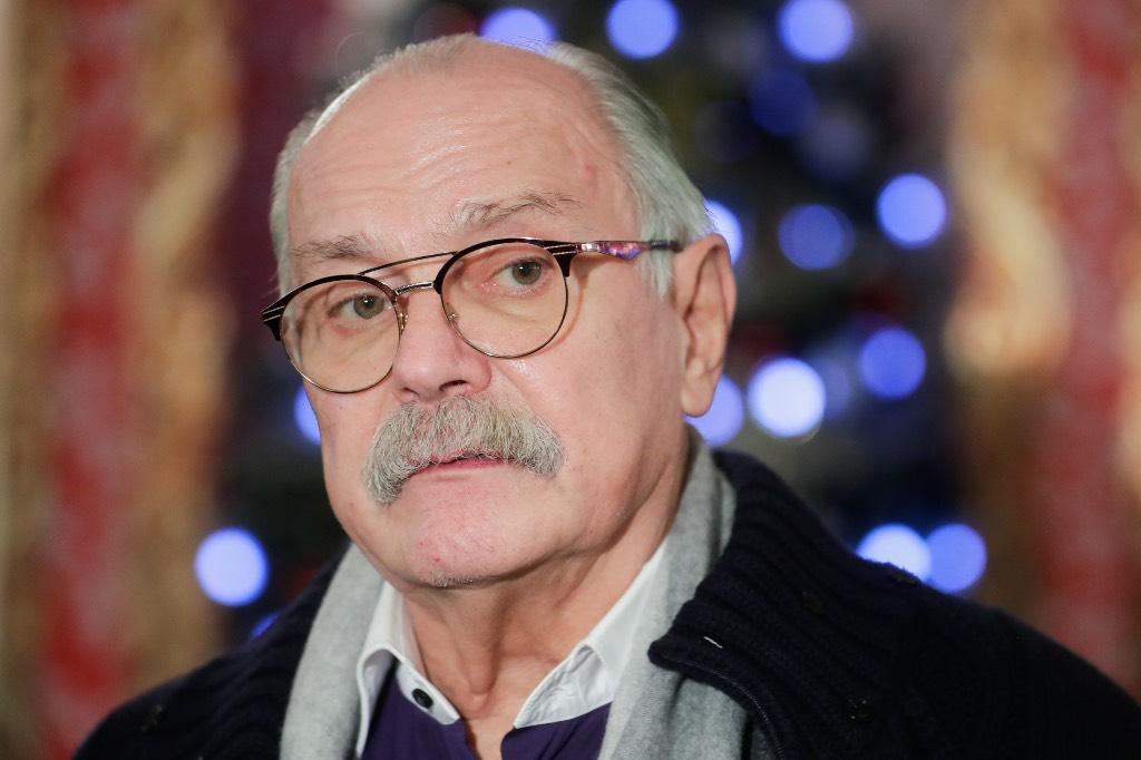 'Человек и мастер с большой буквы': Михалков выразил соболезнования в связи с кончиной Мягкова