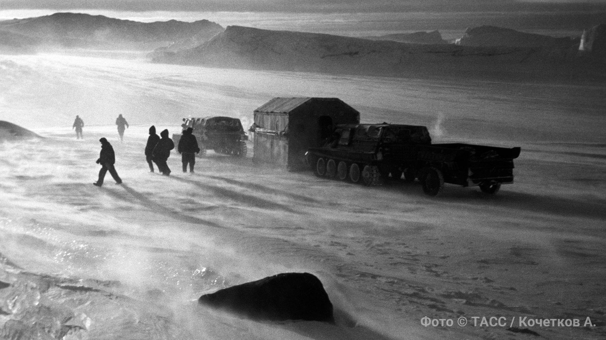 Первый форпост в Антарктиде: как русские покорили ледяной континент и опередили американцев на 3 дня