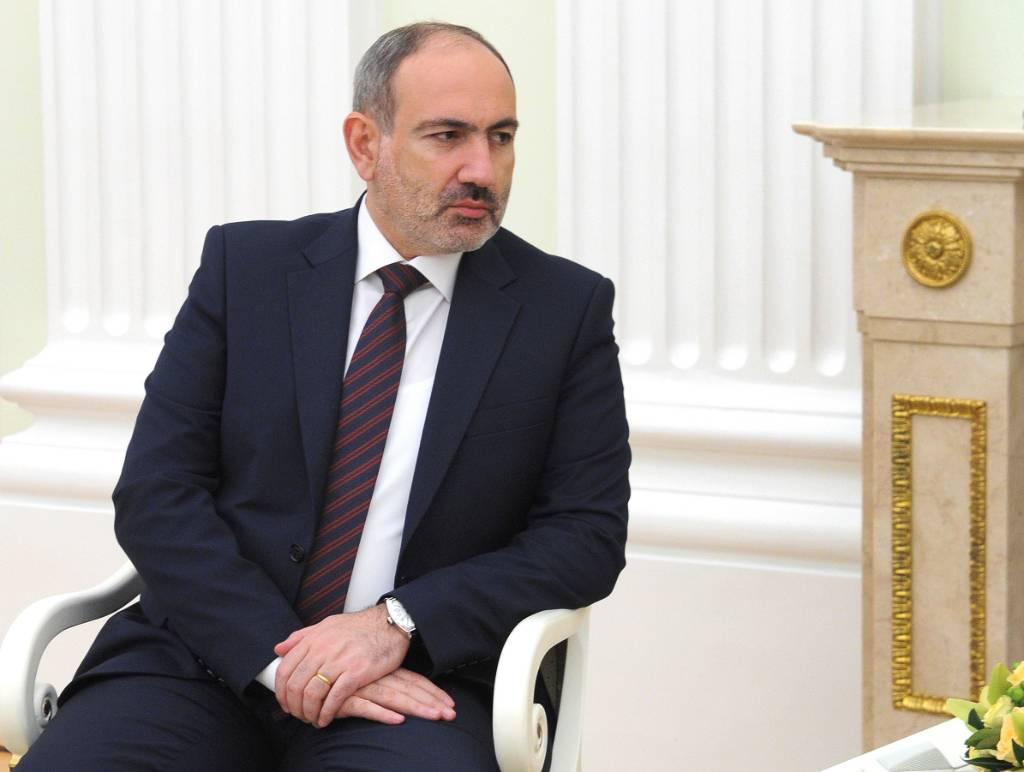 ВС Армении потребовали отставки премьер-министра Пашиняна и правительства