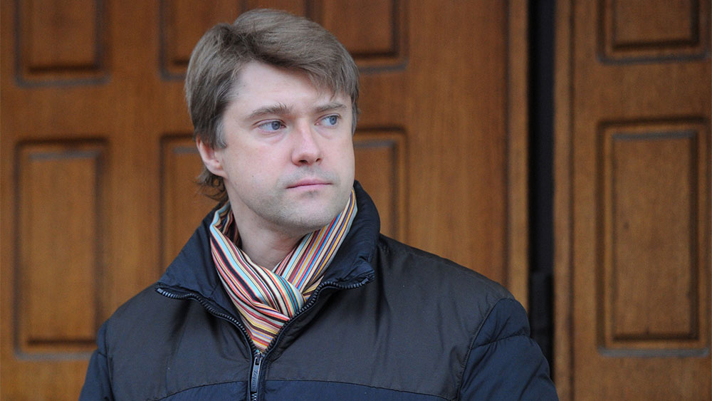 Соратник Навального отказался комментировать встречу с предполагаемым агентом британской разведки MI6