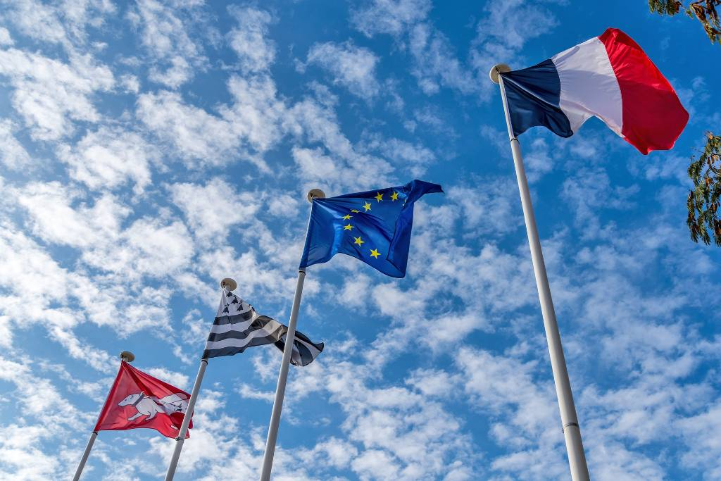 Европе предрекли Frexit на фоне пандемии коронавируса