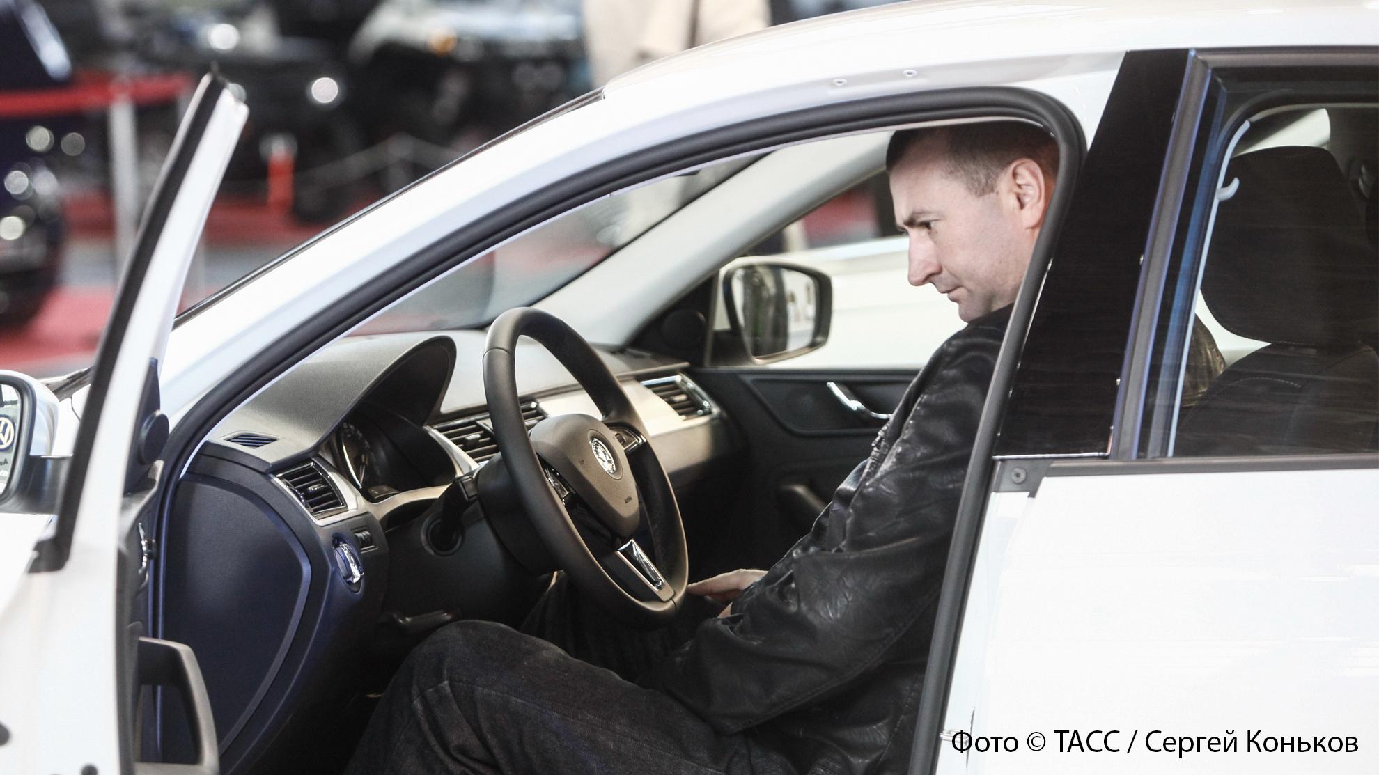Аренда с правом выкупа: как мошенники отбирают у россиян купленные автомобили