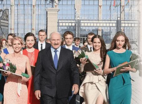 'Золотое дно': Фильм проекта NEXTA о 'богатстве' Лукашенко перевалил за 3 миллиона просмотров на YouTube