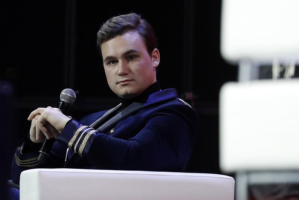 Блогер Соболев вступился за фильм 'Непосредственно Каха' после критики BadComedian
