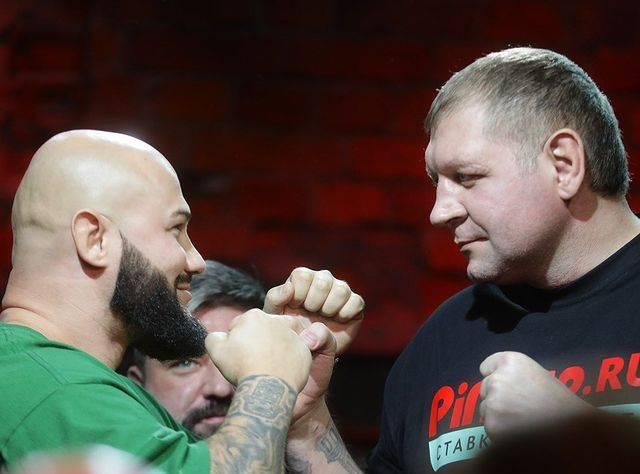 Джигана снова понесло не туда: зачем рэперу настоящий бой с Александром Емельяненко