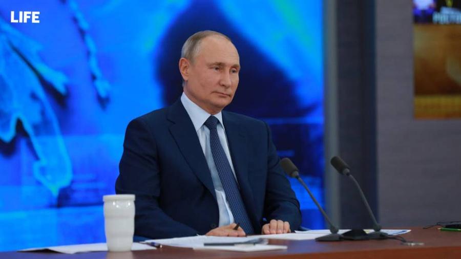 Путина попросили провести прямую линию в этом году пораньше, он обещал подумать