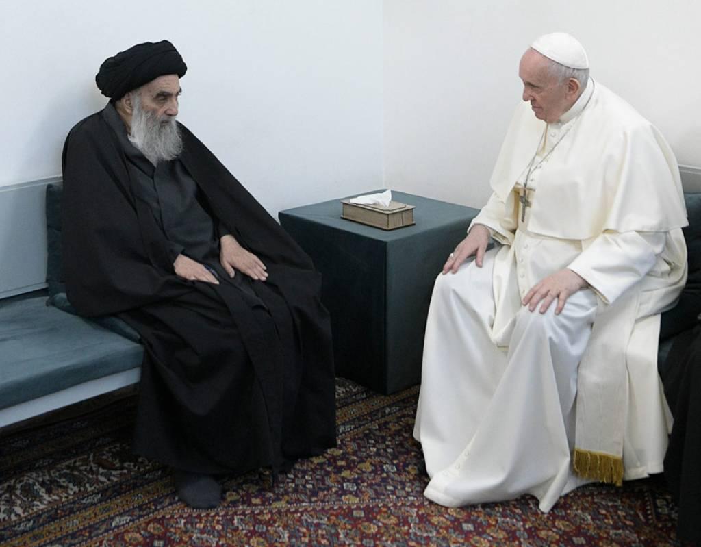 'Надежда сильнее смерти': Байден назвал визит папы римского в Ирак важным посланием
