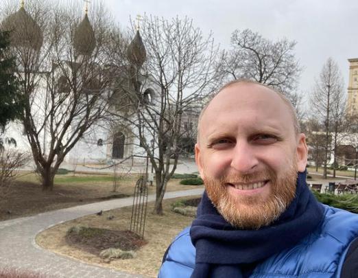 'Пусть идут в полицию разбираться': Гавр из Comedy Club рассказал о драке на Кутузовском с участием его водителя