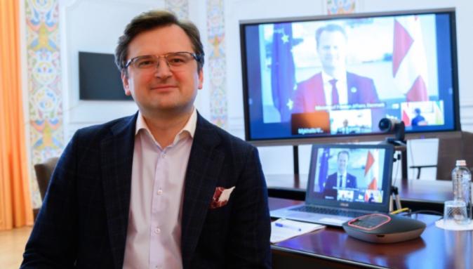 Глава МИД Украины утверждает, что Киев не хочет войны