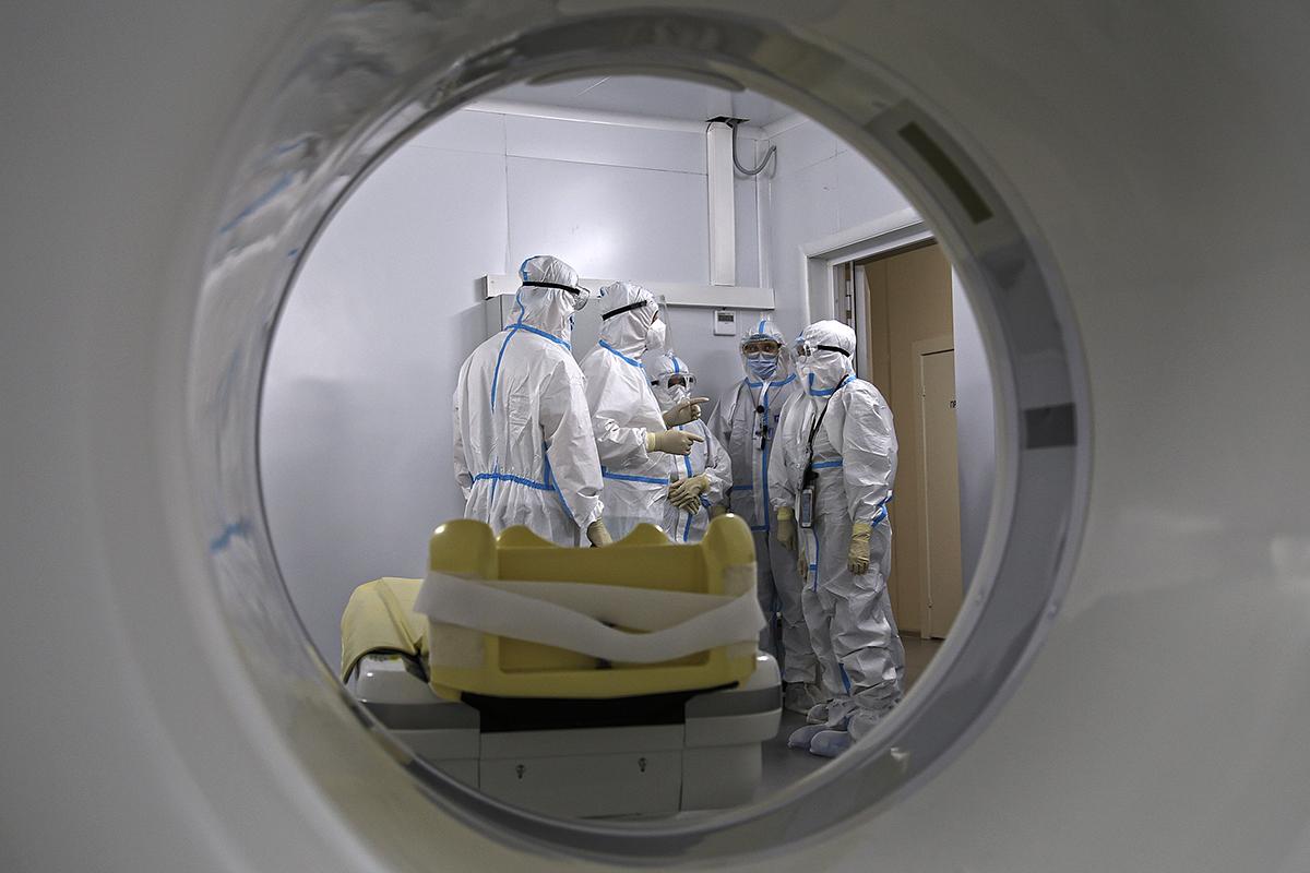 Пятый коронавирусный. Как «красная зона» в «Ленэкспо» переживает перезагрузку и борется за репутацию