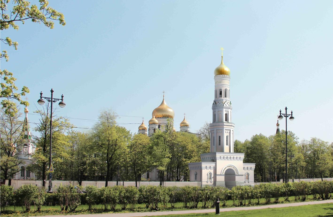 «Туда тратят деньги добрые люди». Строящаяся колокольня Новодевичьего монастыря обрастает тайнами