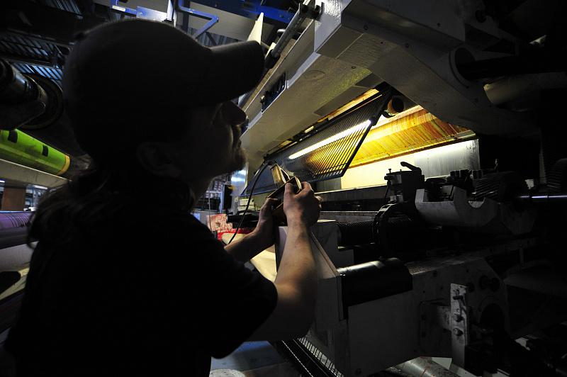 Станкам не дали визы. Петербургские заводы рискуют встать из-за проблем с въездом иностранных специалистов