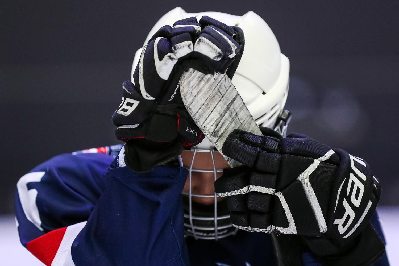 «Случился срыв, стрессовая ситуация». За что после сборов в Центре Ролдугина уволили петербургского тренера по хоккею