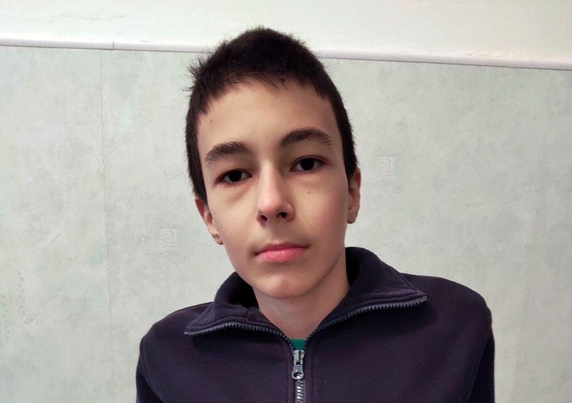 Вылечиться, чтобы помогать. 13-летнему Стасу требуется дорогое лечение