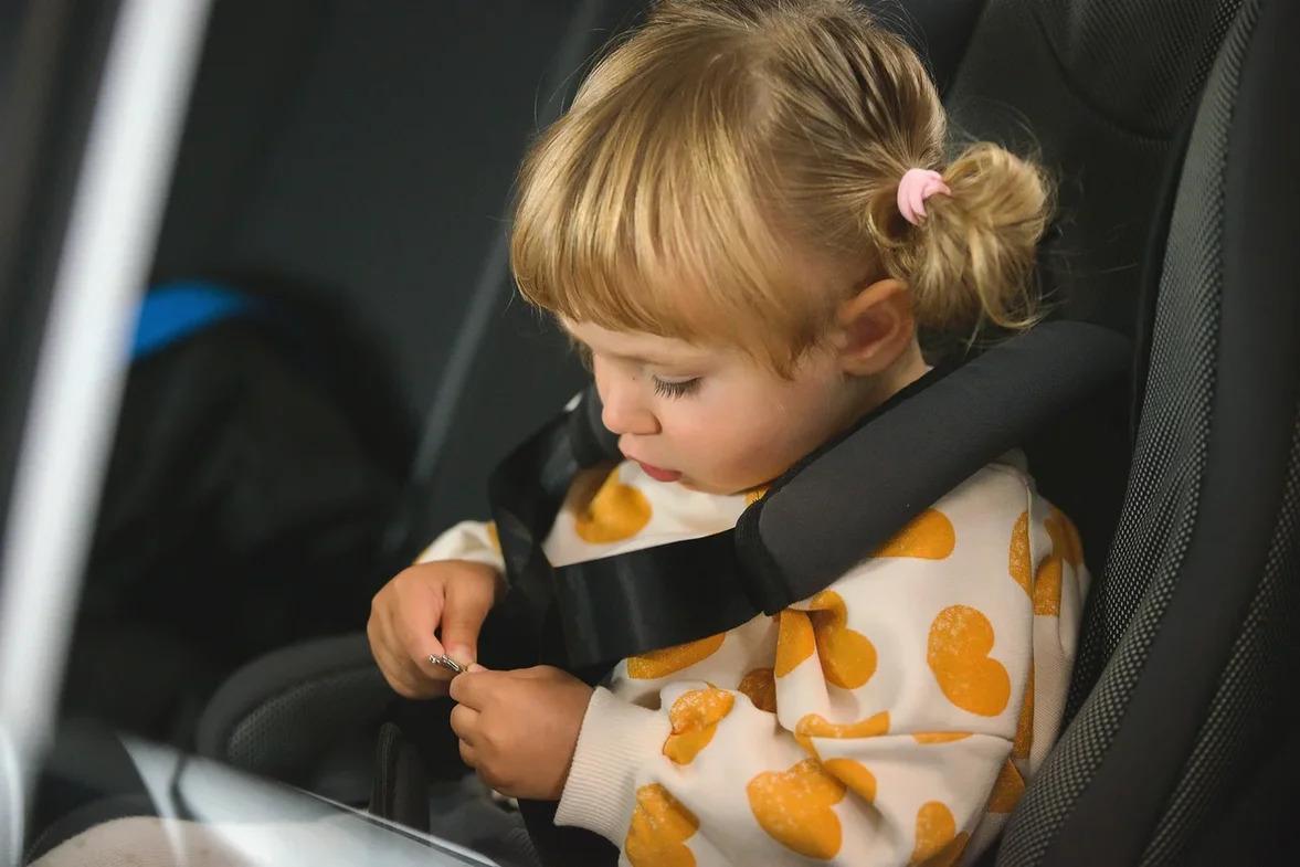 Такси для детей и родителей: Яндекс Go обновил тариф «Детский»