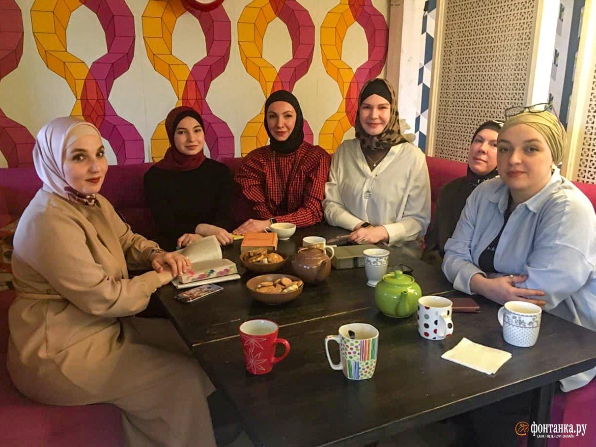 Носить хиджаб и быть второй женой — как выбор. Может ли женщина остаться в исламе и быть свободной