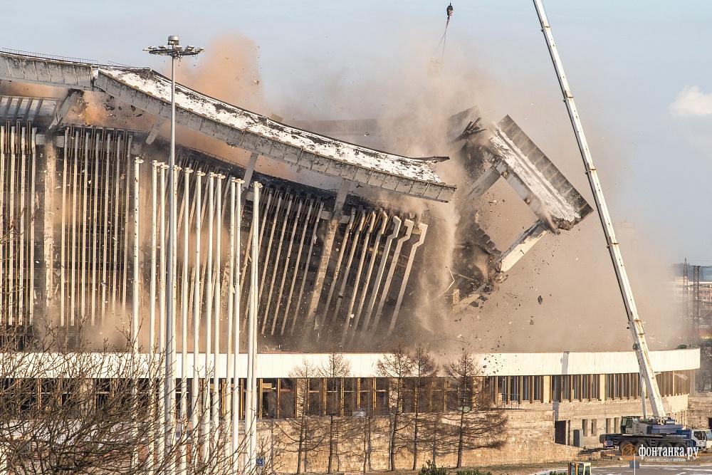 Контролируемая трагедия. Год назад в Петербурге обрушился СКК