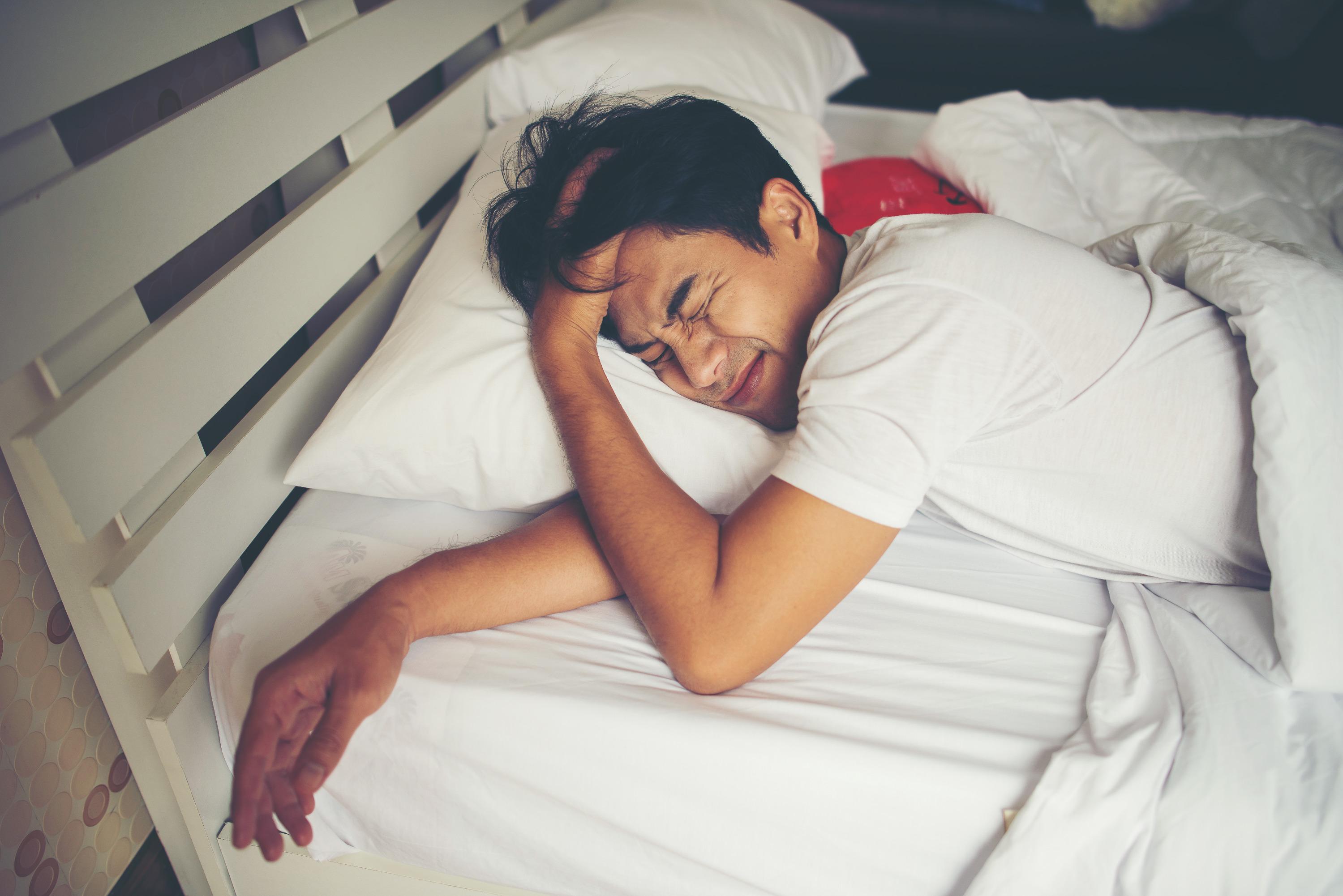 Просыпаемся и пашем: как правильно засыпать весной, чтобы легко проснуться и выспаться